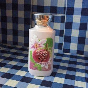 Bath body works brown sugar & fig Shea vit lotion
